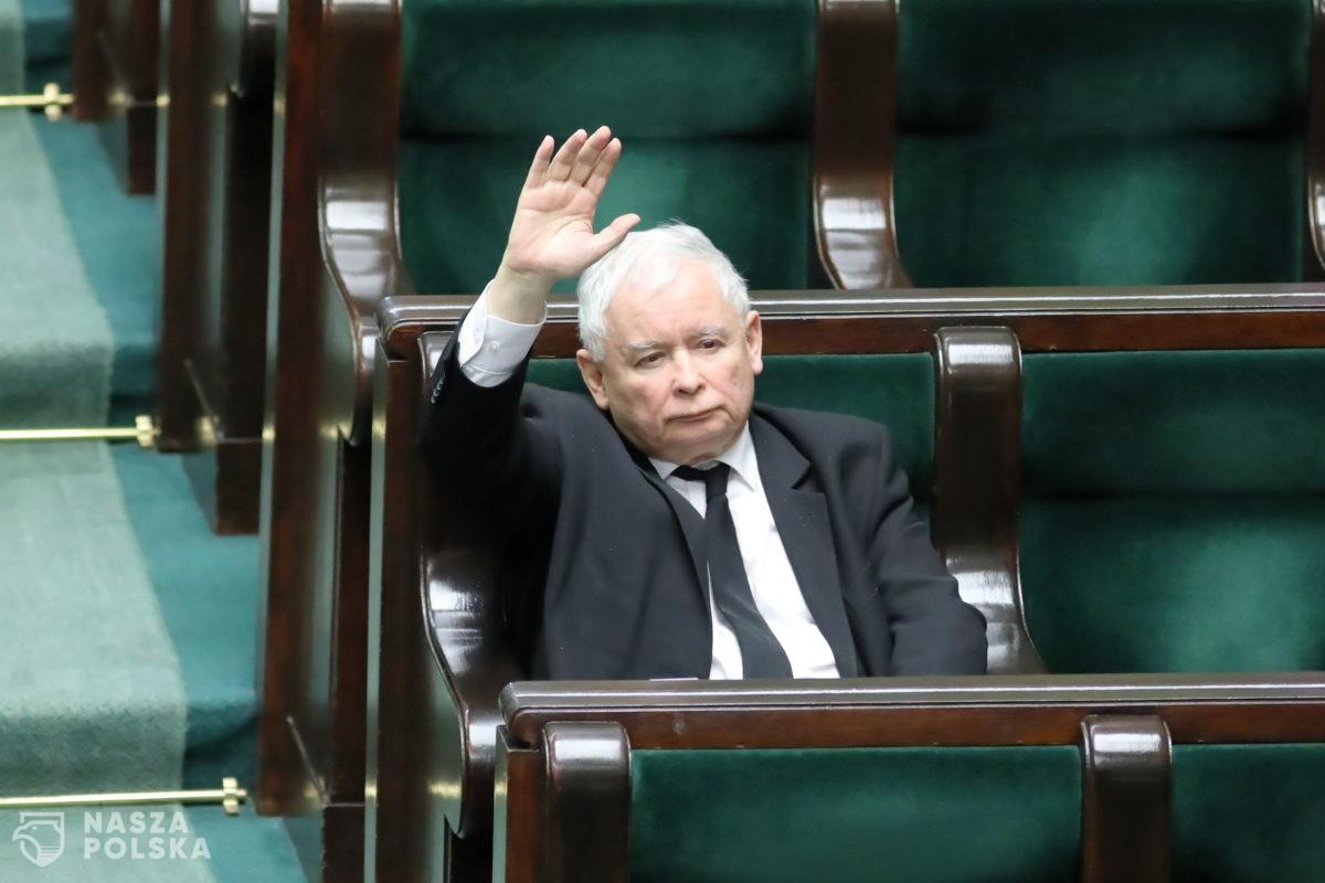 CBOS: Najmniej ufamy Kaczyńskiemu, Trzaskowskiemu i Ziobrze