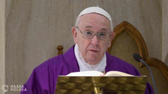 Papież wzywa do modlitwy