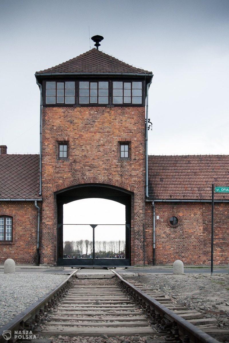 Piłkarze Goretzka i Kimmich przekazali darowiznę na Auschwitz-Birkenau