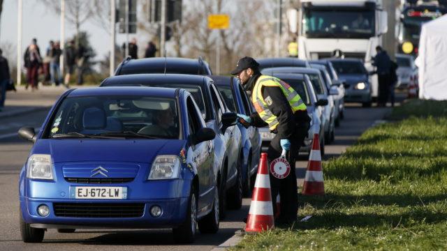 Utrudnienia dla Polaków podróżujących po Europie. Sprawdź gdzie czeka nas kwarantanna