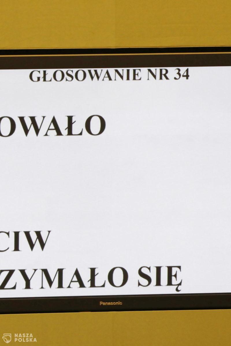 Paranoja i beznadzieja, czyli co się stało w Sejmie?