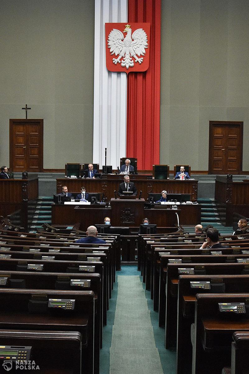 Klub PiS złożył nowy projekt ws. głosowania korespondencyjnego