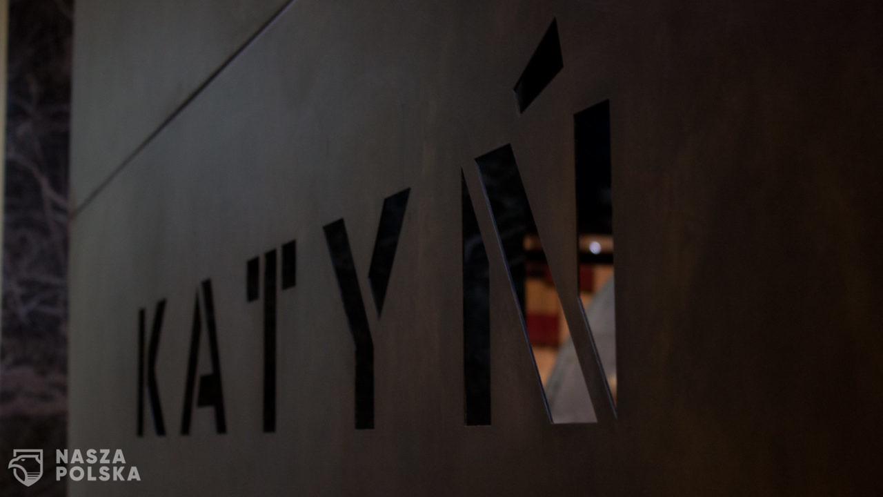 Sprawa katyńska jest tylko pozornie zamknięta – prof. W. Materski