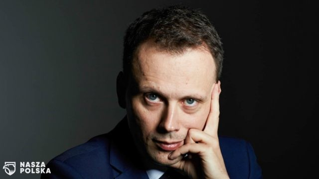 https://naszapolska.pl/wp-content/uploads/2020/04/dr_hab-_prof-_uksw_rafal_wisniewski-1-640x360.jpg