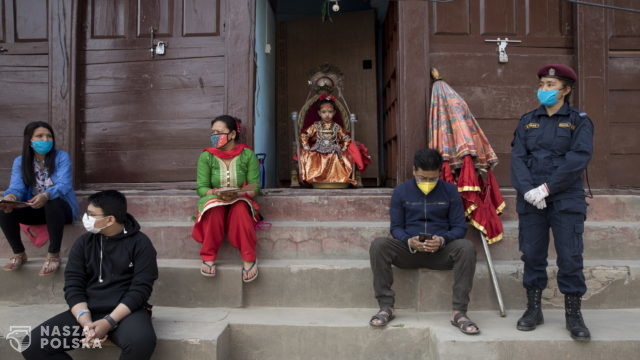 Nepal znosi kwarantannę dla turystów