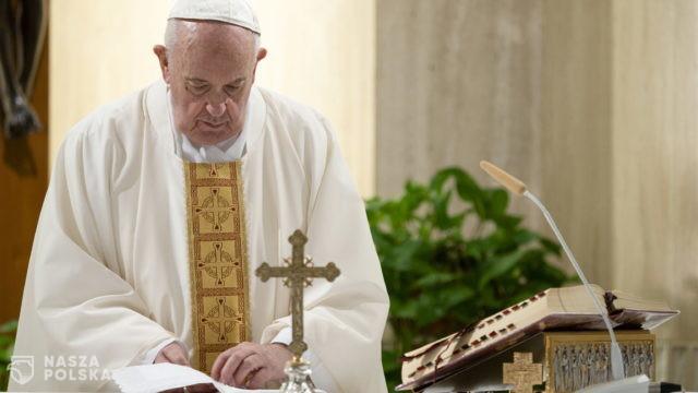Papież ostrzega przed jeszcze gorszym wirusem!