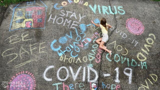 Premier Nowej Zelandii Jacinda Ardern ogłosiła w poniedziałek zatrzymanie rozprzestrzeniania się koronawirusa