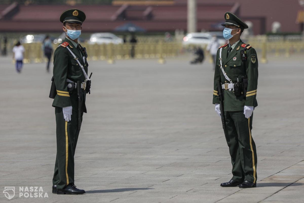 Narasta napięcie w związku z misją WHO w Chinach; naukowcy opóźnili raport na temat genezy Covid-19