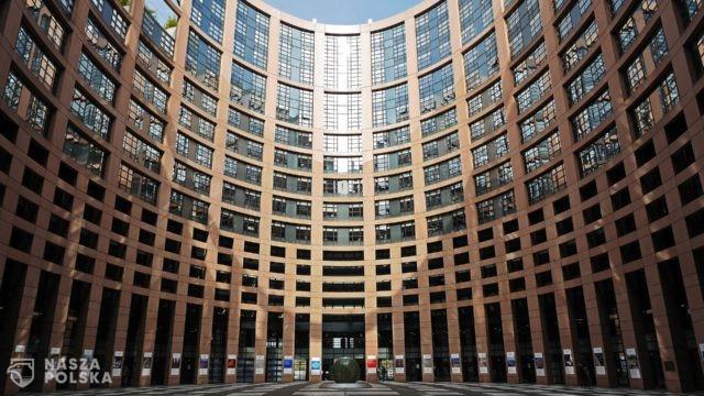 https://naszapolska.pl/wp-content/uploads/2020/04/european-parliament-1265254_1920-640x360.jpg