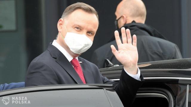 Większość Polaków negatywnie ocenia pracę premiera i prezydenta