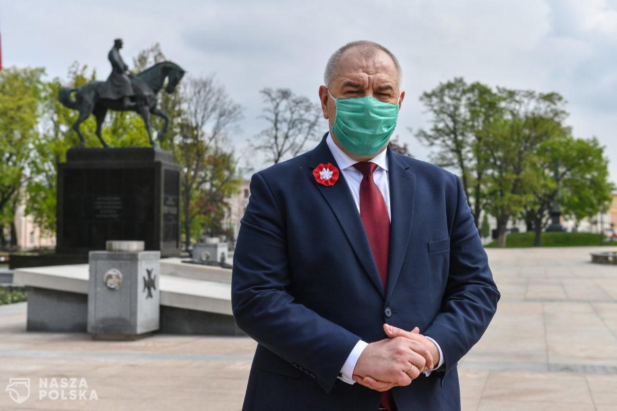 Jacek Sasin trafił do szpitala z COVID-19