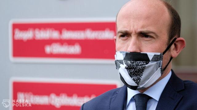 Borys Budka by zostawił nieprzytomnego Polaka w brytyjskim szpitalu