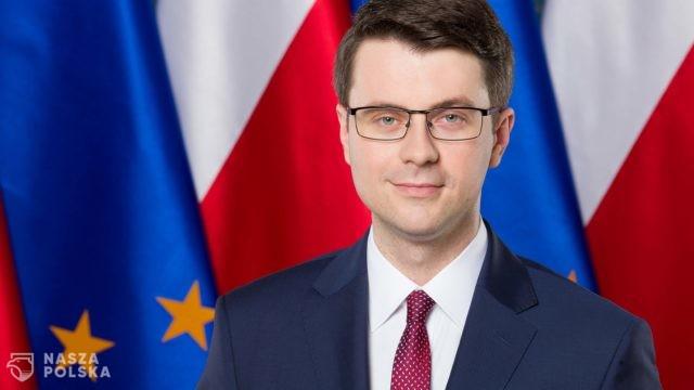 https://naszapolska.pl/wp-content/uploads/2020/05/3240px-Piotr_Müller-640x360.jpg