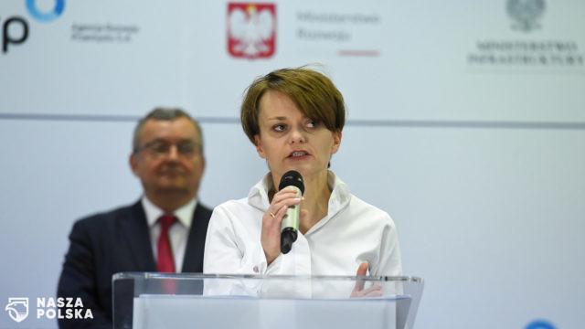 https://naszapolska.pl/wp-content/uploads/2020/05/Emilewicz-640x360.jpg