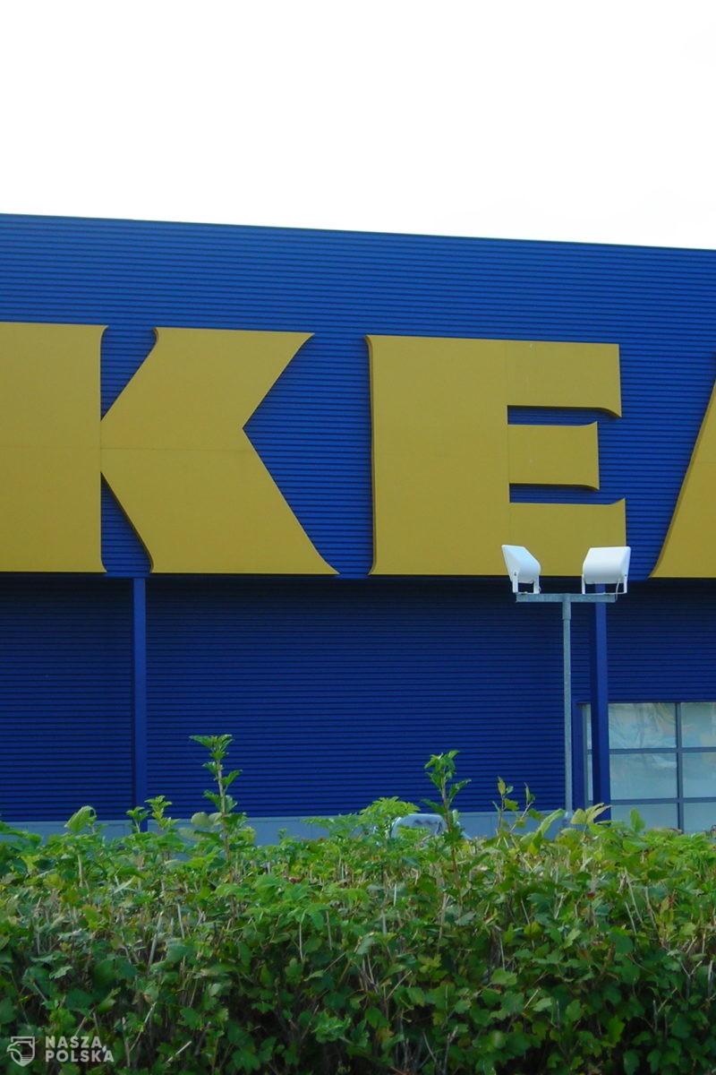 Ikea zwolniła go za cytowanie Biblii. Będzie walczył w sądzie