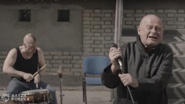 Czabański odpowiada na zarzuty w sprawie piosenki Kazika