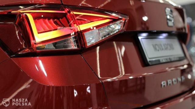 Czy sprzedaż samochodów on-line zdominuje rynek? Sprawdź opinię eksperta