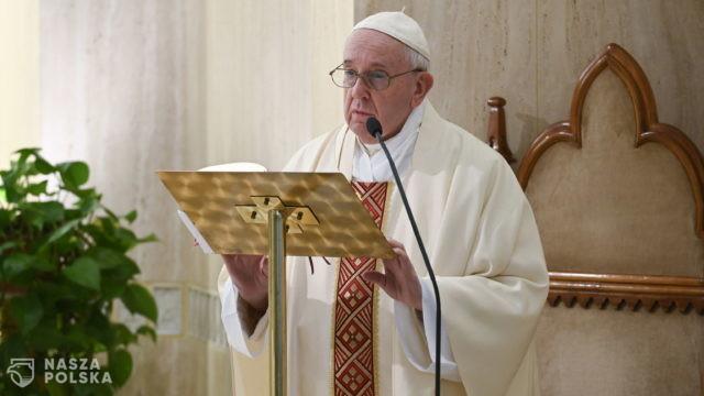 Papież przypomina o modlitwie wyznawców wszystkich religii o ustanie pandemii