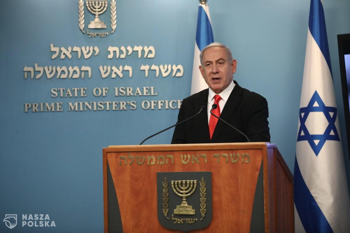 W niedzielę rozpoczyna się proces oskarżonego o korupcję premiera Netanjahu