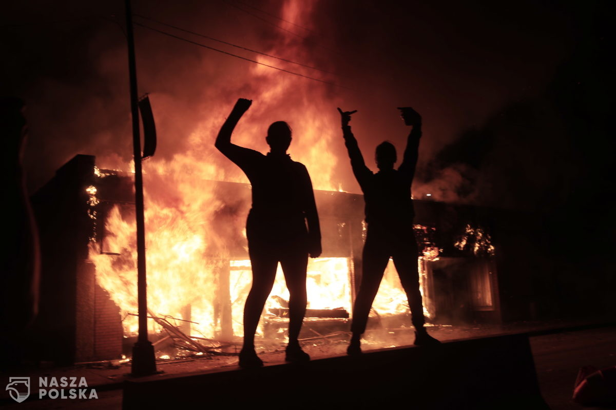 Po zabójstwie Floyda protesty w wielu miastach – USA
