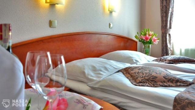 Hotele i pensjonaty mogą już udostępniać gościom połowę swoich pokoi