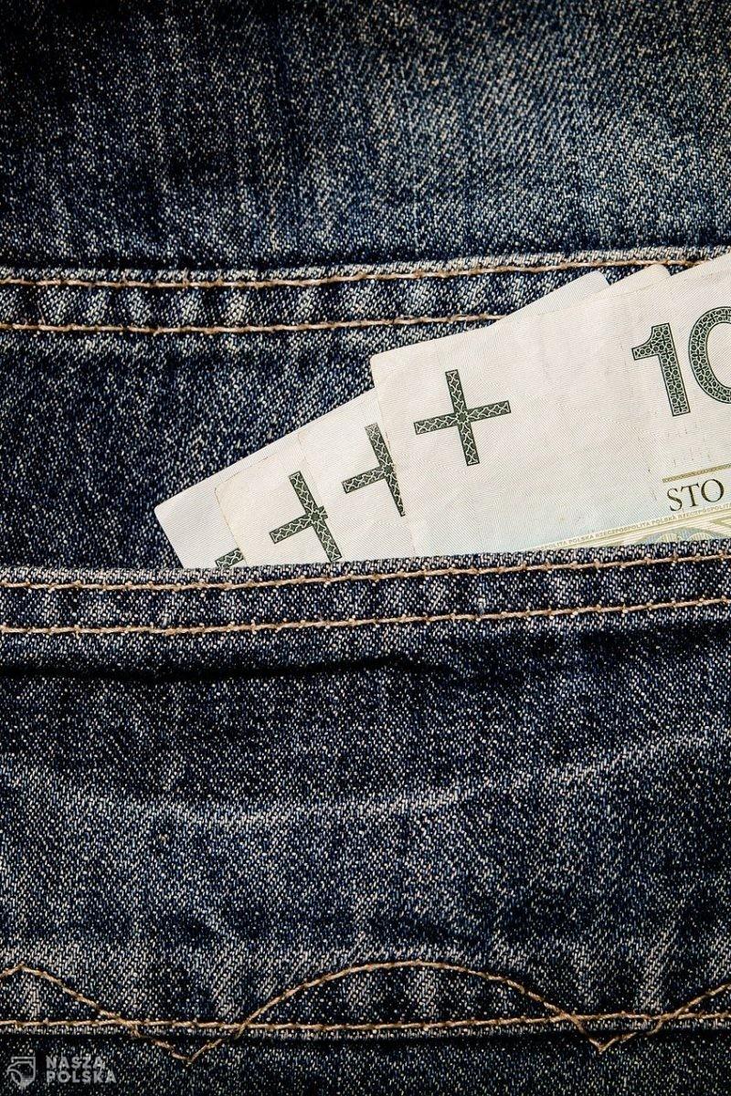 Deficyt był zerowy, jest 109 miliardów złotych. Opublikowano nowelizację budżetu