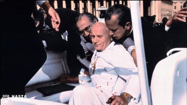 Papież Franciszek przypomniał o rocznicy zamachu na św. Jana Pawła II