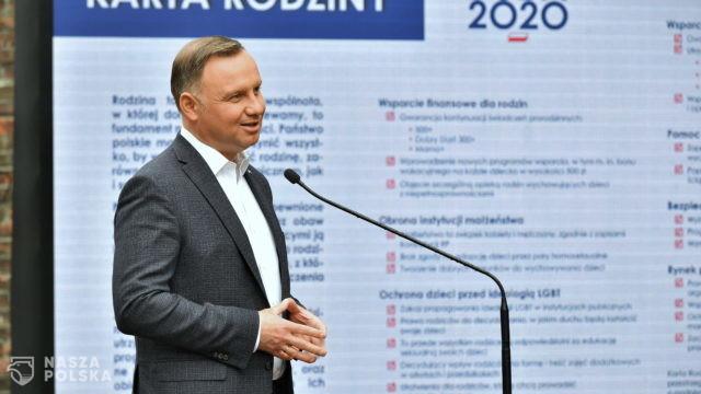 """Opozycyjni kandydaci na prezydenta krytycznie o """"Karcie rodziny"""" Andrzeja Dudy"""