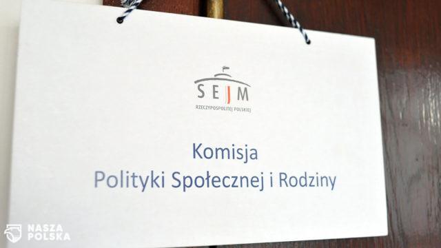 Komisja Polityki Społecznej i Rodziny pozytywnie o prezydenckim projekcie ustawy o bonie turystycznym