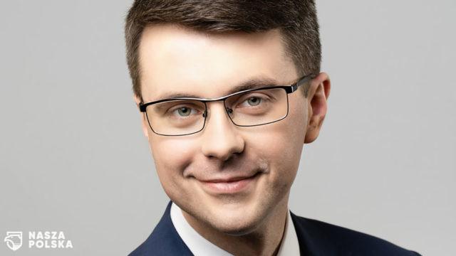 https://naszapolska.pl/wp-content/uploads/2020/06/Piotr-muller-2019-640x360.jpg