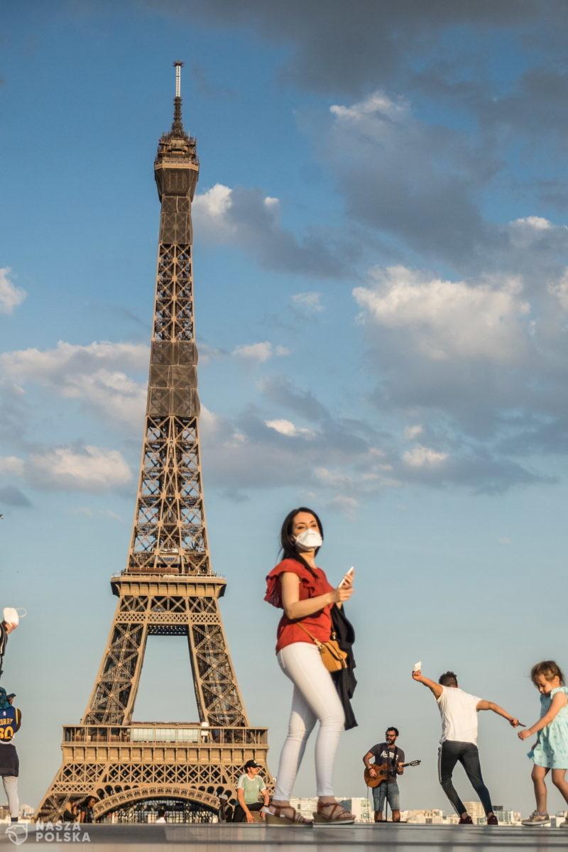 Francja/ Minister edukacji zakazał używania pisowni inkluzywnej w szkołach