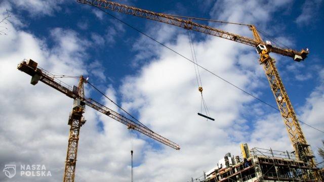Budownictwo przechodzi COVID-19 bardzo łagodnie? Sprawdziliśmy!