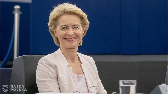 https://naszapolska.pl/wp-content/uploads/2020/07/1024px-Ursula_von_der_Leyen_presents_her_vision_to_MEPs_2-640x360.jpg