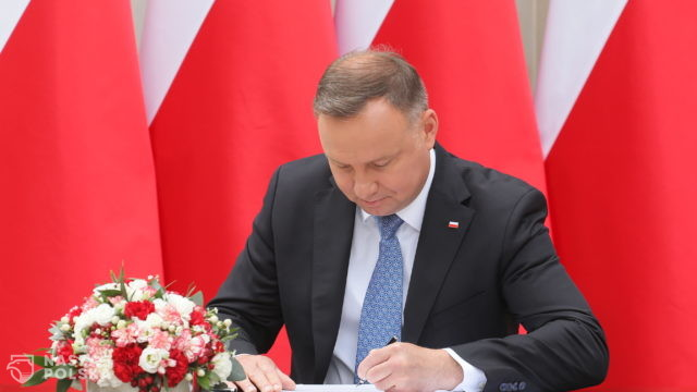 Prezydencki projekt zmiany konstytucji wpłynął do Sejmu