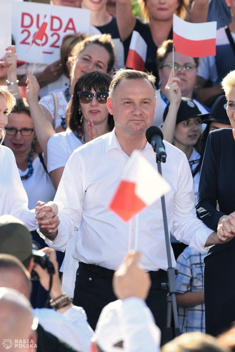 Andrzej Duda przysięga strzec polskiej godności i racji stanu