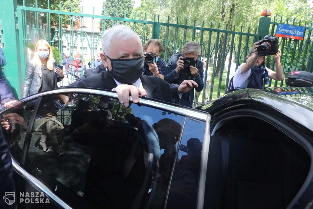 [PILNE!] Jarosław Kaczyński na kwarantannie!