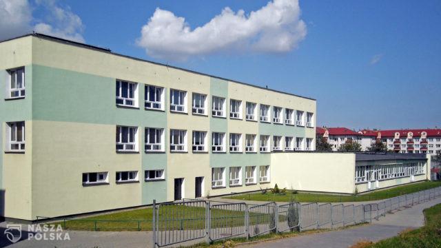 https://naszapolska.pl/wp-content/uploads/2020/07/Lublin_dzielnica_Wrotków_szkoła_podstawowa-640x360.jpg