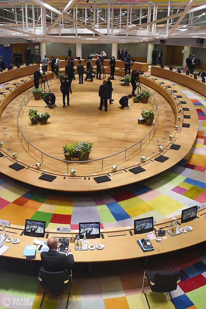 UE/ KE zatwierdziła polski program wsparcia dla firm dotkniętych przez Covid-19