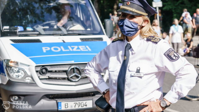 Austria/ W trakcie demonstracji związanych z pandemią koronawirusa zatrzymano 32 osoby