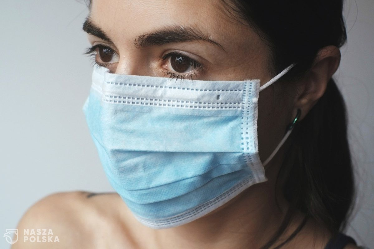 Komisja zdrowia debatuje nad poprawkami do projektu PiS w sprawie walki z epidemią