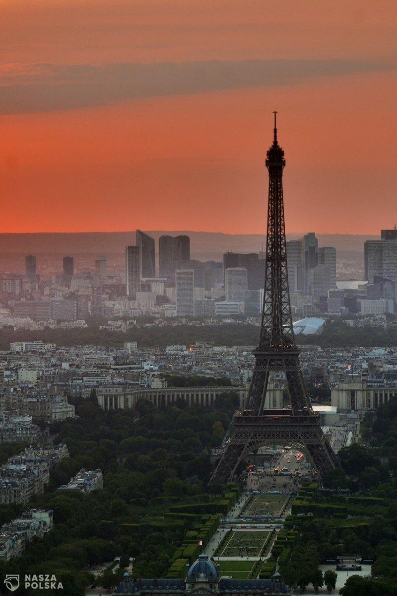 Francja niechętnie odnosi się do paszportu szczepionkowego UE