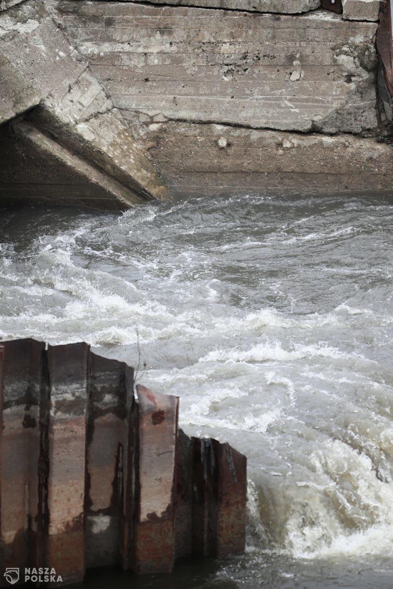 W wyniku zrzutu ścieków w Warszawie do Wisły trafiły rakotwórcze metale ciężkie: 300 ton azotu i 30 ton fosforu