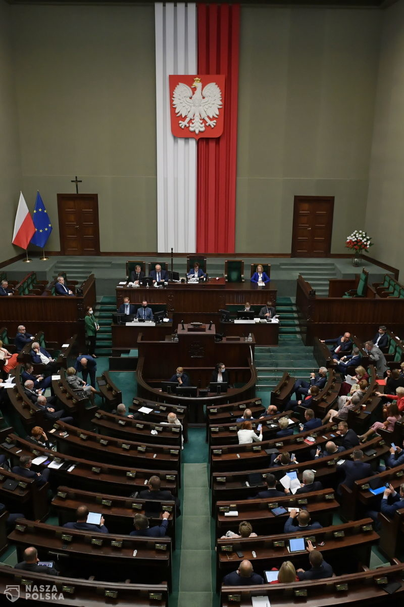 Sześć ugrupowań w Sejmie. Nowy sondaż United Survey