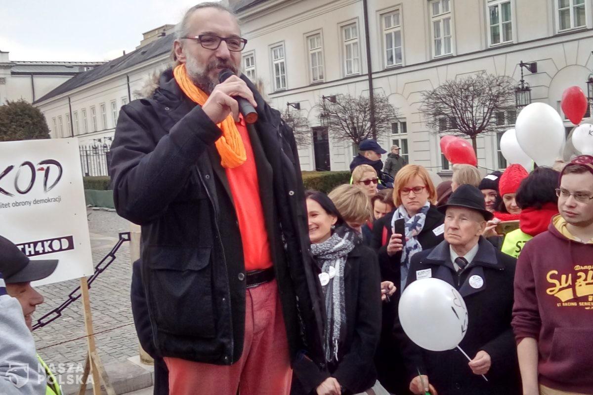 Mateusz Kijowski chce uniewinnienia w procesie dot. afery fakturowej w KOD
