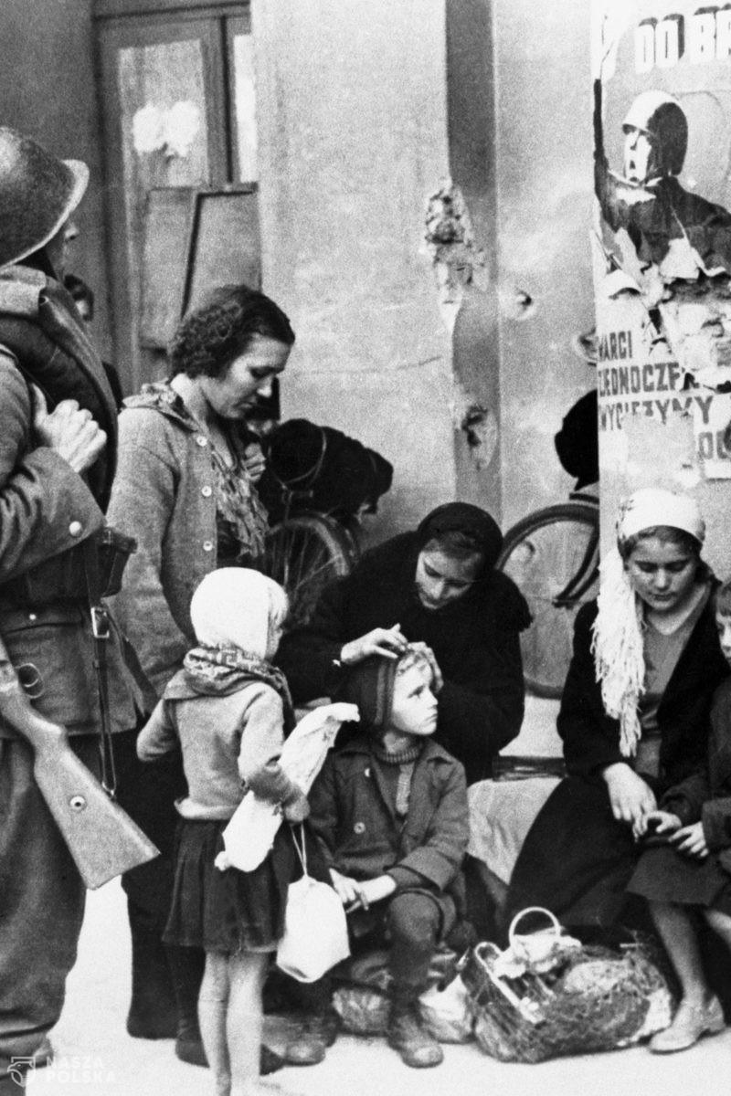 Związek Sowiecki 1930-59 w obiektywie amerykańskiego autora zdjęć oblężonej Warszawy 1939