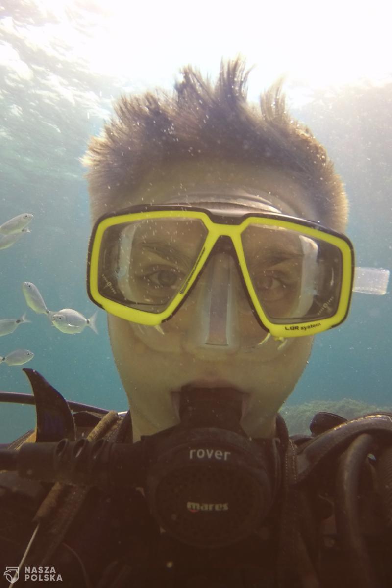 17-letni syn polskich imigrantów chroni ekosystem morski i pomaga dzieciom w Afryce