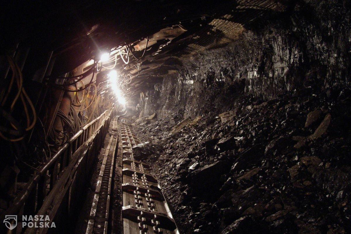 Podziemny protest górników w kolejnych kopalniach