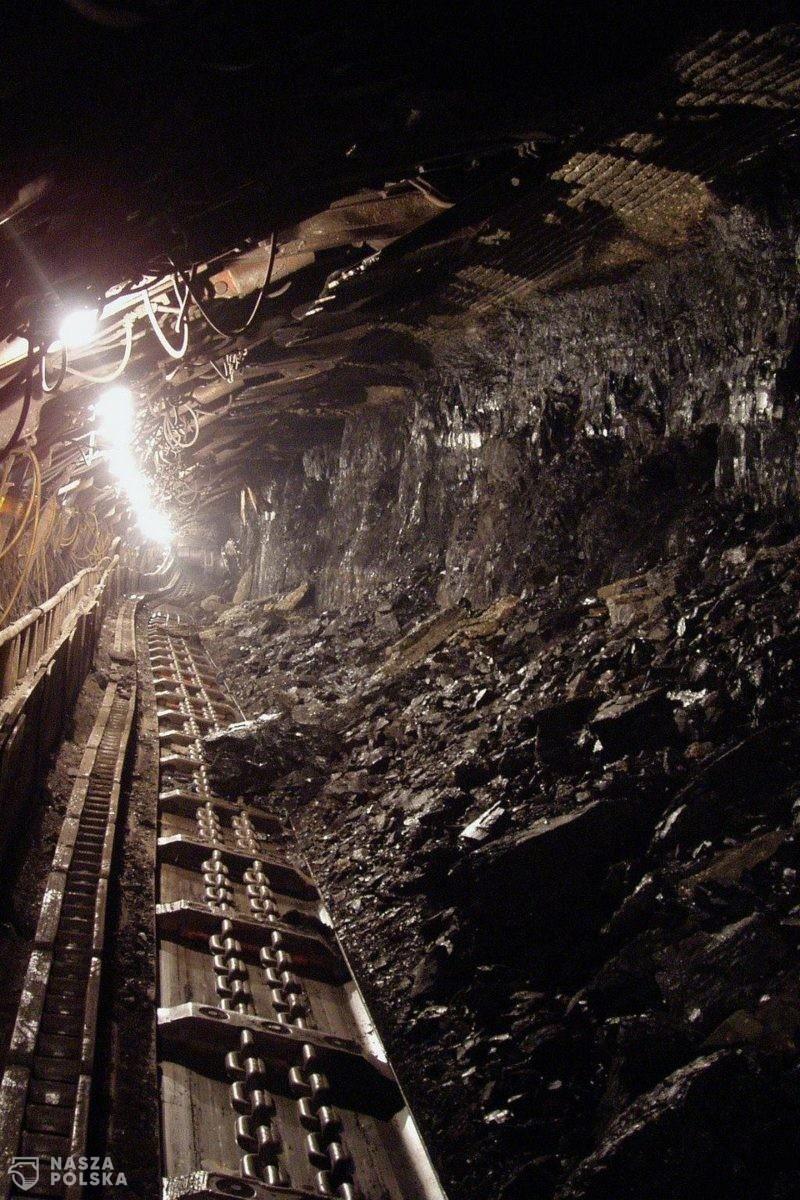 Trwają negocjacje umowy społecznej między rządem a górnikami