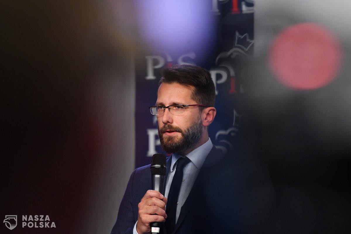 """Fogiel: szczegóły dotyczące """"nowego polskiego ładu"""" za ok. miesiąc"""
