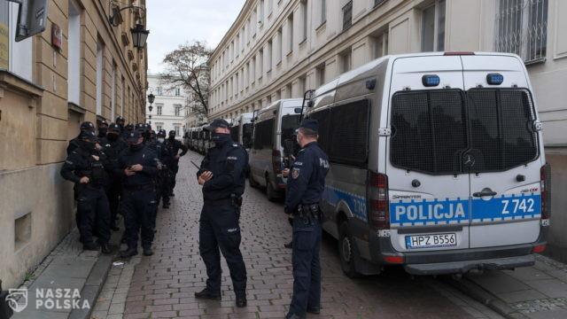 Sąd uznał za nielegalne, niezasadne i nieprawidłowe zatrzymanie działaczy jadących na protest do Warszawy